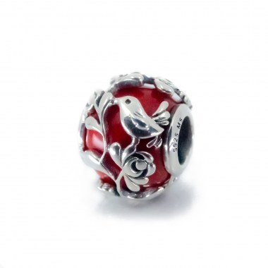 red-hungarian-glass-charm2